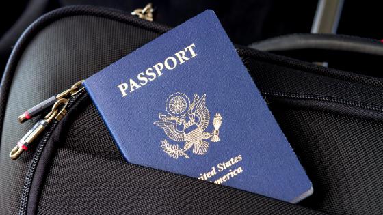 旅行に必要なパスポート