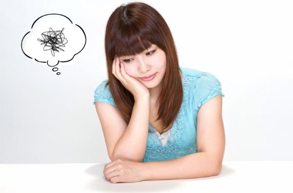 ストレスを抱える女性